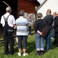 Foredrag om humlebier og demonstration af indretning af humlebikasser for DN Assens, Glamsbjerg, 12. september 2015